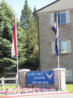 Falcon Park Apartments - Layton, Utah | Photo 4